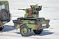 Sloboda 2019 - defile 10 - Land Rover Defender i robot Miloš 06.jpg