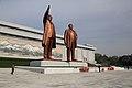 Sochy vůdců - panoramio.jpg