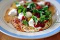 Spejlæg med ost, salsa og koriander (4554821960).jpg