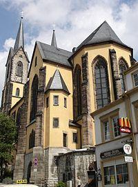 St. Marien Hof Südseite.JPG