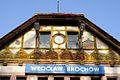 Stacja kolejowa Brochów ul. Mościckiego tablica foto BMaliszewska.jpg