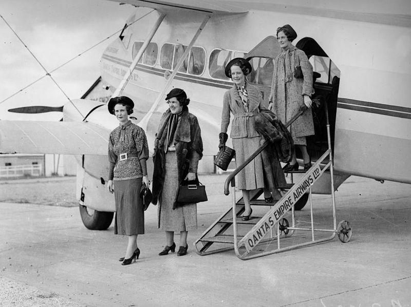 File:StateLibQld 2 201903 Fashion models posing with Qantas Empire Airways plane, Brisbane, 1936.jpg