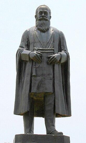 George Uglow Pope - Statue of G. U. Pope in Triplicane, Chennai