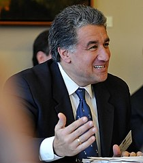 Steven Panagiotakos 2007 CROPPED.jpg