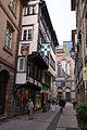 Strasbourg, Rue des Orfèvres, le Temple Neuf à l'arrière-plan.jpg