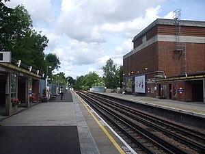 Sudbury Hill tube station - Image: Sudbury Hill stn westbound