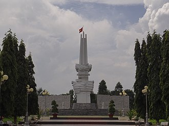 Châu Đức District - Image: Tượng đài Chiến Thắng Bình Giã