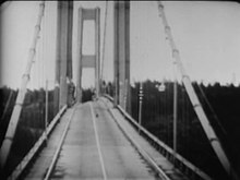 Datei:Tacoma Narrows Bridge destruction.ogv