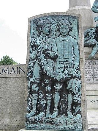 Port Sunlight War Memorial - One of the reliefs depicting children with wreaths