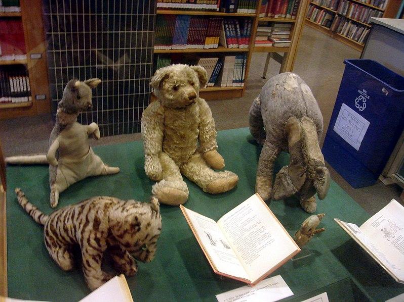 File:The original Winnie the Pooh toys.jpg