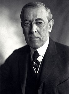 Thomas Woodrow Wilson, Harris & Ewing bw photo portrait, 1919 (cropped).jpg