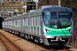 Tokyo Metro 16000 series - Image: Tokyometro 16000 haruhino