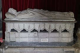 Tomb of John Godelee in Wells Cathedral.JPG