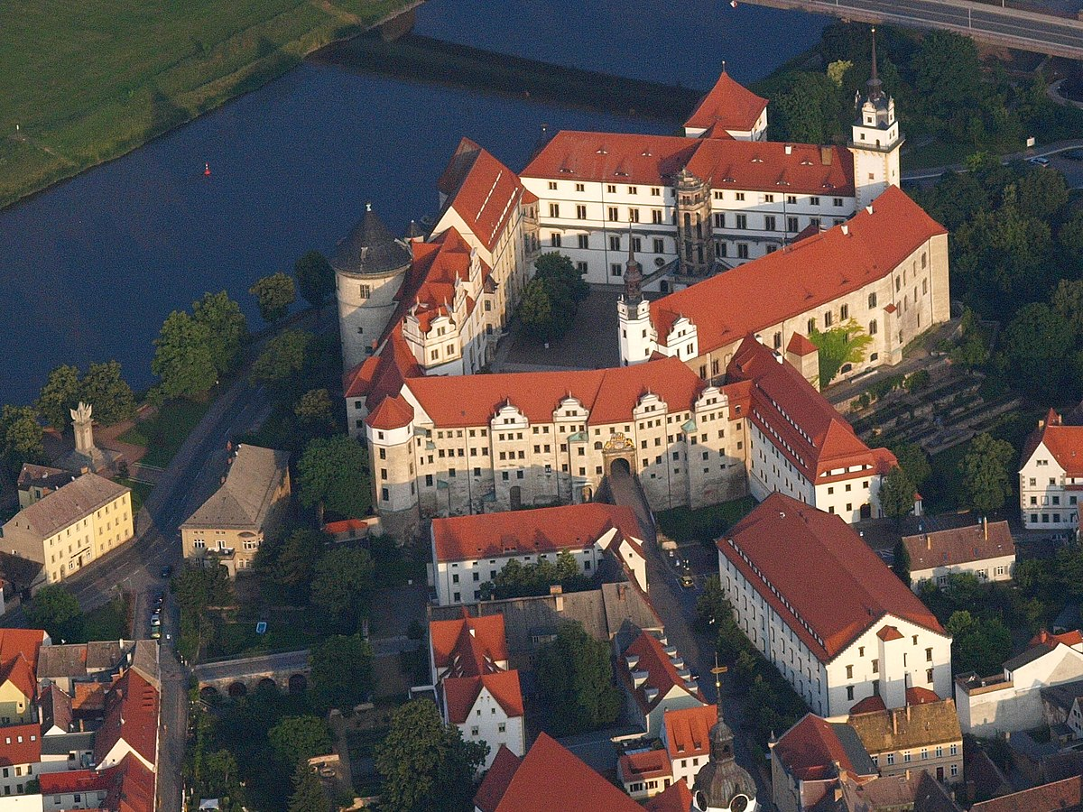 Torgau Travel Guide At Wikivoyage