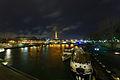 Tour Eiffel vue depuis le pont Alexandre-III, Paris 14 déc 2013.jpg