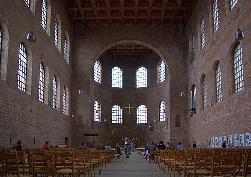 Trier Konstantinbasilika, Innenraum, Blick zur Apsis