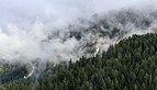 Tschiertschen (1350 meter). Zicht op bergen vanaf het balkon van het hotel 03.jpg