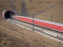 Tunnel Eierberge Regional Express 3300341.jpg
