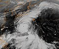 Typhoon Oscar 1995.jpg