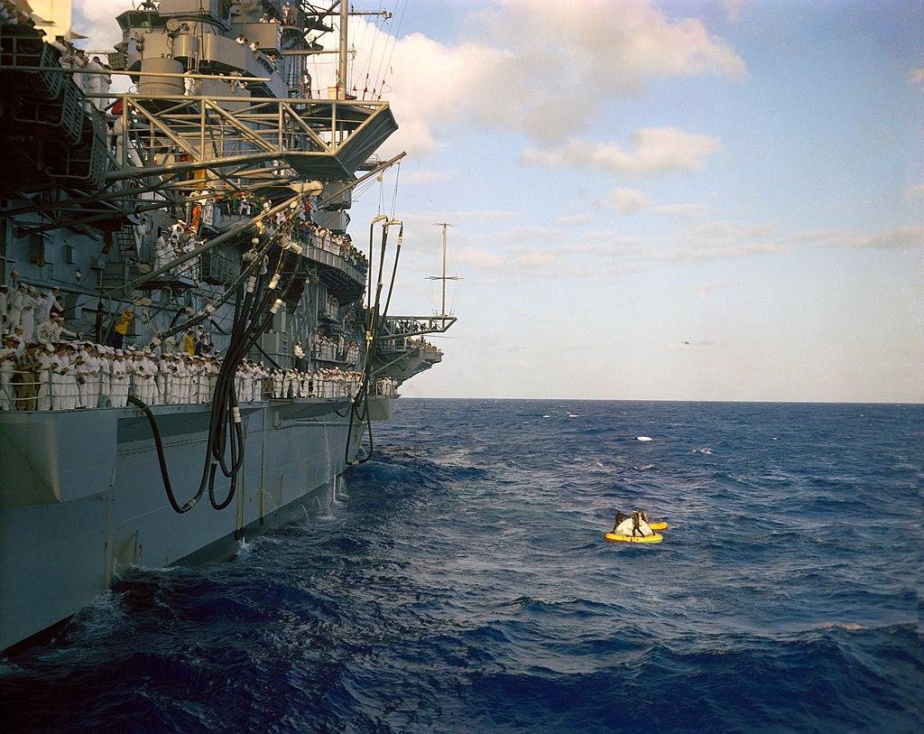 1024px-USS_Intrepid_%28CV-11%29_-_Mar_65_a.jpg