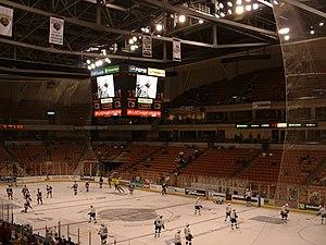 SNHU Arena - Image: VWA Ice Hockey 1
