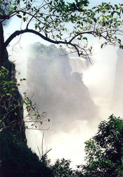 File:Victoria Falls, chasm.jpg