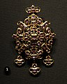 Victoria and Albert Museum Jewellery 11042019 Pendant Gold Amethysts Spain 17th century 3093.jpg