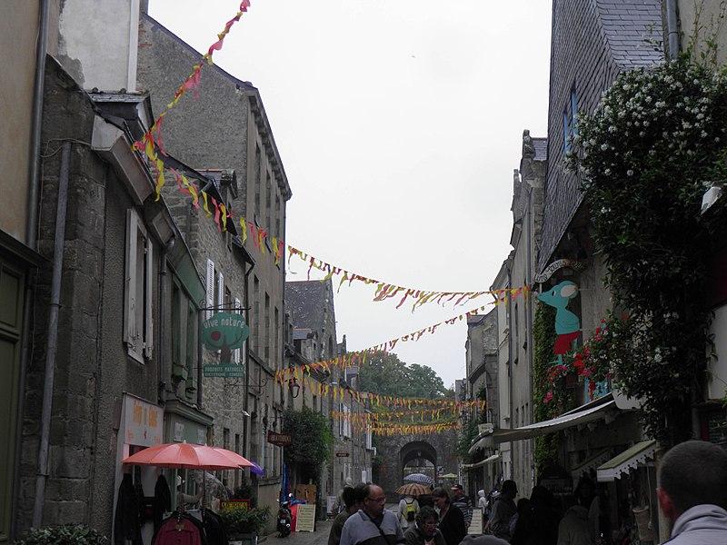 File:Vieille ville (Guérande) (2).jpg