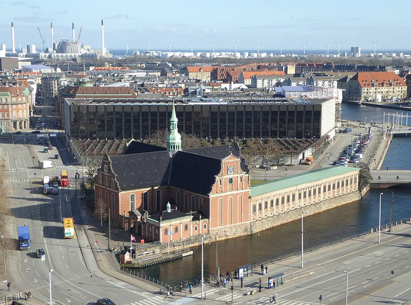 File:Views from Christiansborg Palace 10.JPG