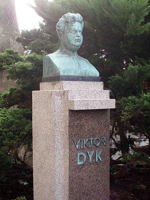 Viktor Dyk - Monument to Viktor Dyk in Mělník