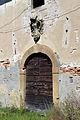 Villa saletta, edifici di servizio 05 portale.JPG