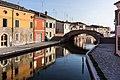 Vista del Ponte di San Pietro - Centro Storico di Comacchio.jpg