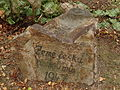 Vitín - pamětní kámen u pomníka padlým.JPG