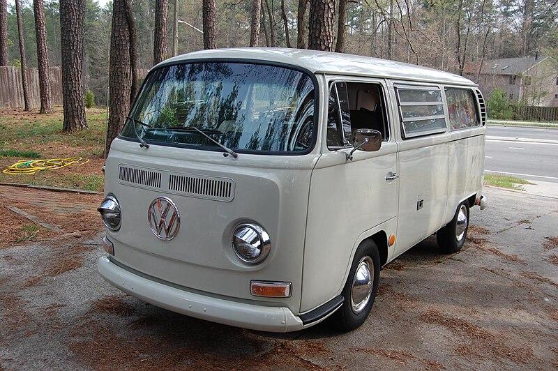 Volk bus 1968a.jpg