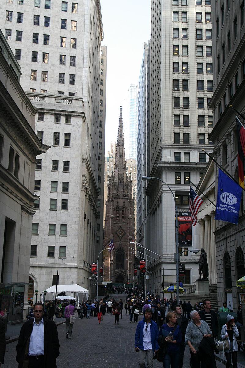 Wall Street and Trinity Church 2014.JPG