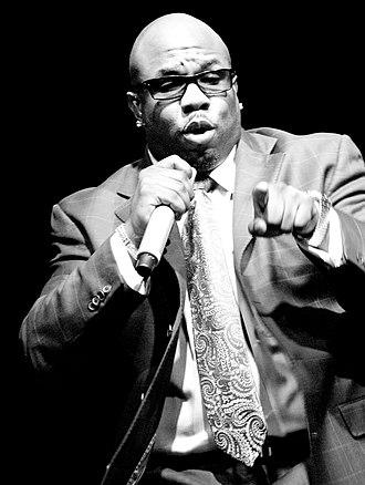 Wanya Morris - Morris performing in 2008