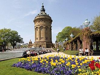 Mannheim - The Wasserturm Garden