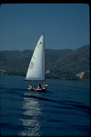Whiskeytown–Shasta–Trinity National Recreation Area - Sailing at Whiskeytown Lake.