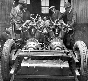 White Triplex - Showing the three engines