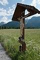 Wiki takes Nordtiroler Oberland 20150604 Kruzifix Dorf 6476.jpg