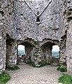 Windows in Corfe Castle Keep.jpg