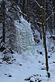 Winter waterfall - panoramio (1).jpg