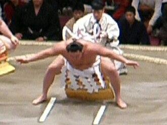 Makuuchi - 69th yokozuna Hakuhō's Shiranui-style Yokozuna Dohyō-iri