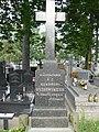 Zabytkowe groby na cmentarzu w Jazgarzewie k. Piaseczna (16).jpg