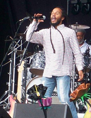 English: Ziggy Marley singing live on the Main...