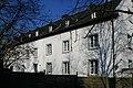 (003) 8-001 Wohnhaus, Am Derikumer Hof 5 u. 5a (Neuss-Erfttal).jpg