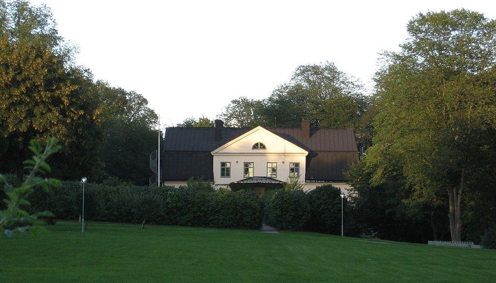 Årsta gård 2010.JPG