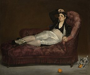 Jeune femme couchée en costume espagnol