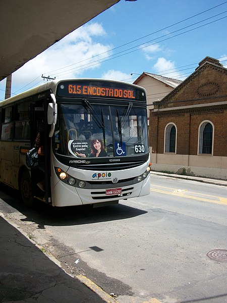 Ficheiro:Ônibus 615 - Encosta do Sol no ponto ao lado do IFET Juiz de Fora.jpg