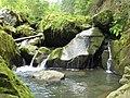 Верхньокам'янецький водоспад.jpg